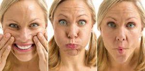 corriger double menton : gymnastique faciale